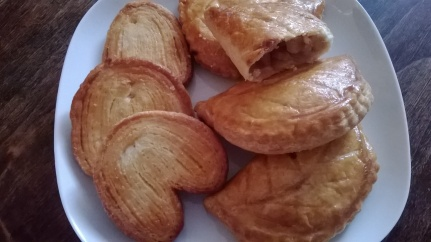 Palmiers and Chaussons aux pommes