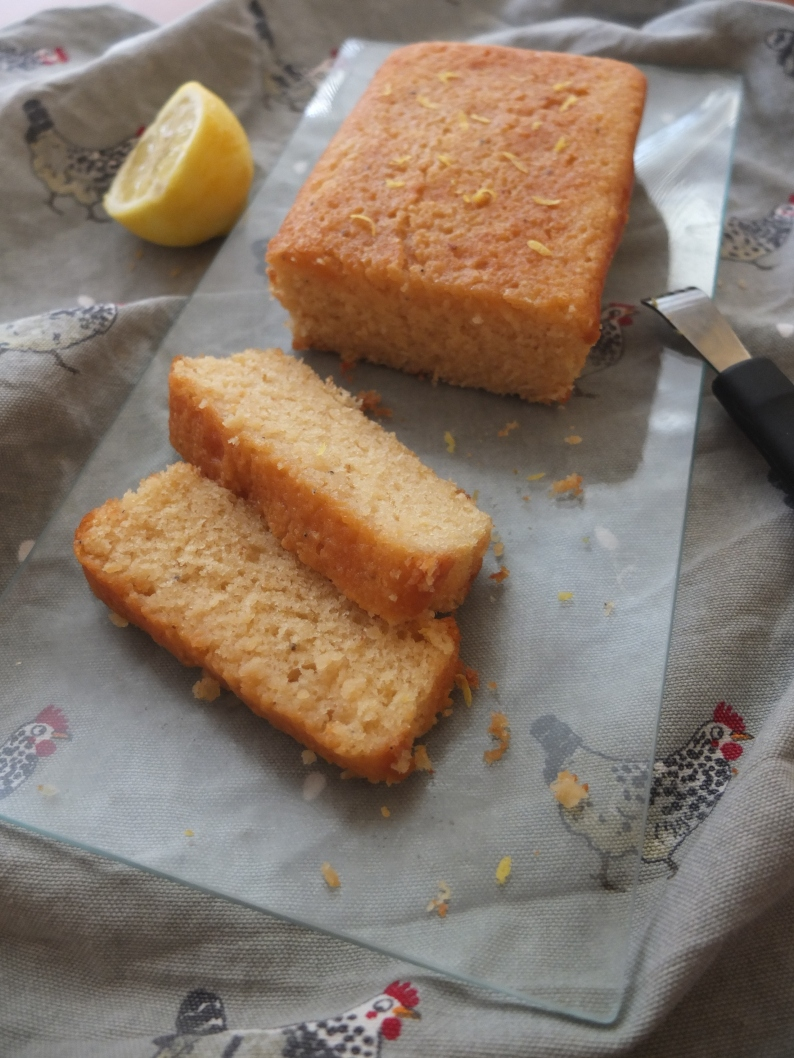 Healthy spelt Lemon and Cardamon Drizzle cake goes to a party at http://wp.me/p5uVyi-32z