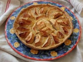 Apple Tarte Normande at http://wp.me/p5uVyi-3gK