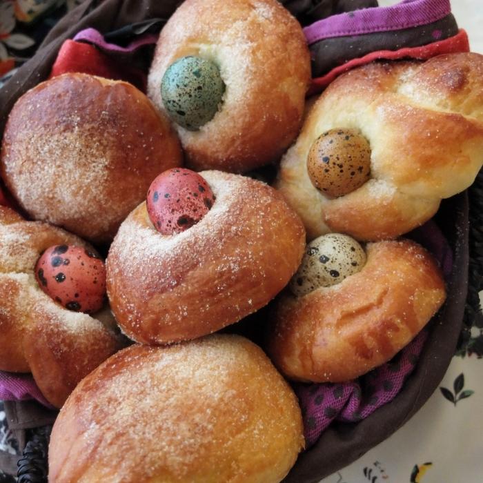 Monas de pascua Easter bread