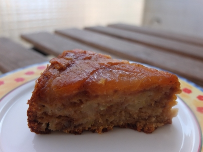 5 spices apple and courgette cake