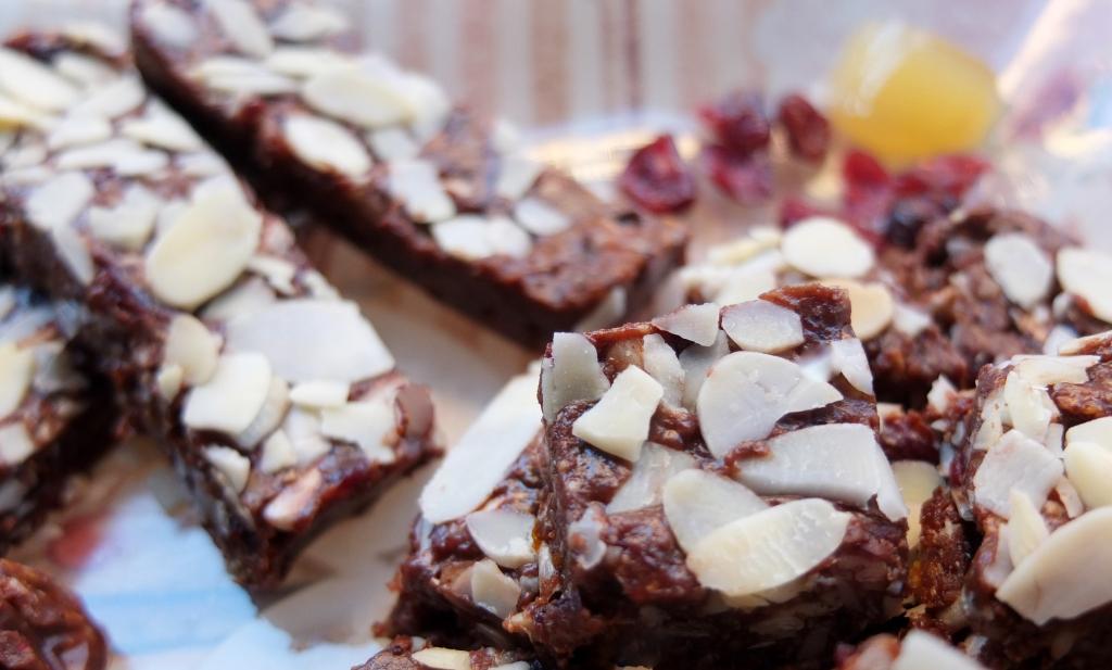 Heavenly cocoa slices
