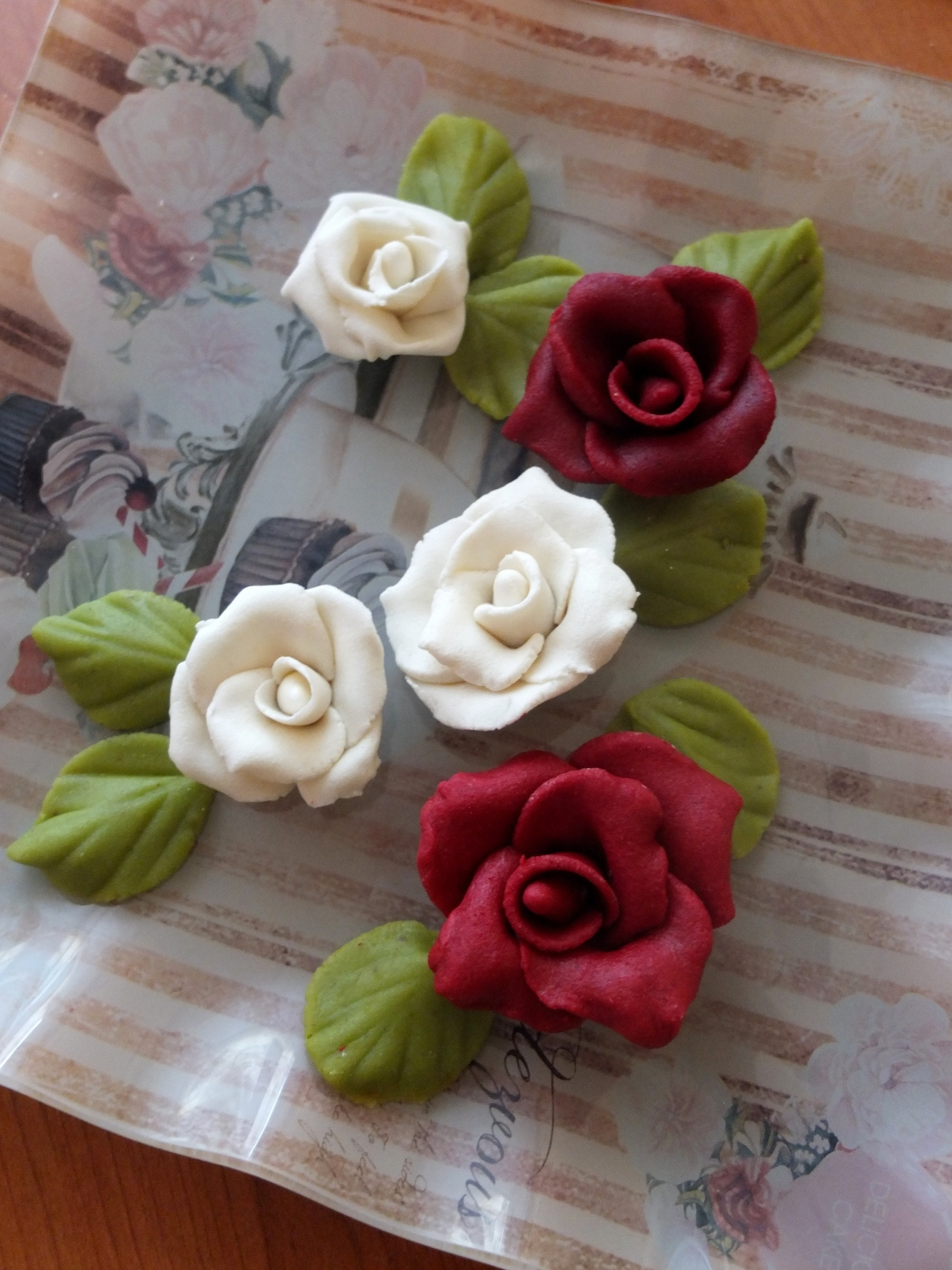 Marzipan roses and leaves