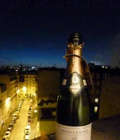 Crémant sparkling wine in Paris