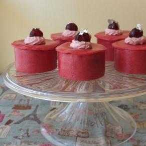 La Fondante - mini genoise sponge cakes with kirsch mousseline cream