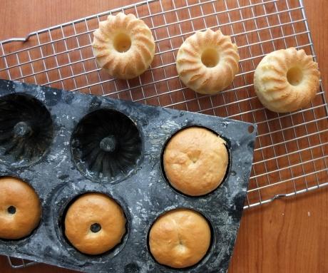 Baked savarins