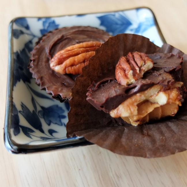 Chocolate-covered salted date caramel peanut butter cups