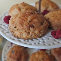Ispahan raspberry, rose water and lychee scones recipe ... and Paris comes to Barcelona!