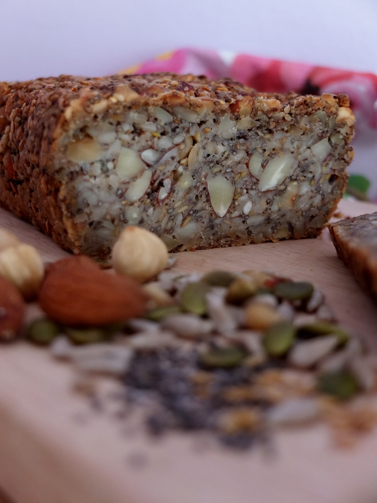 Gluten-free superfood seeds and nut bread