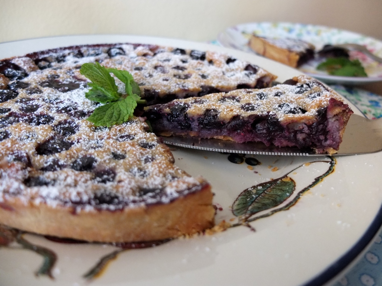 Healthier blueberry and pine nut tart