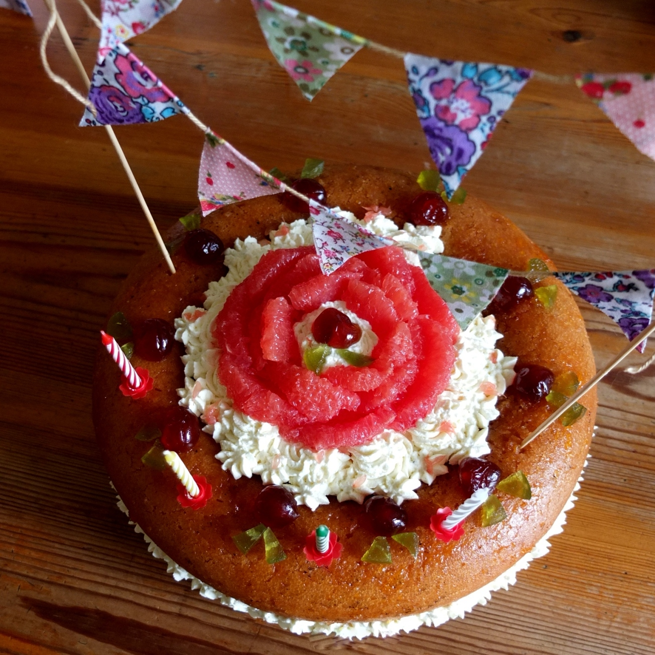 Cake bunting - on the cake