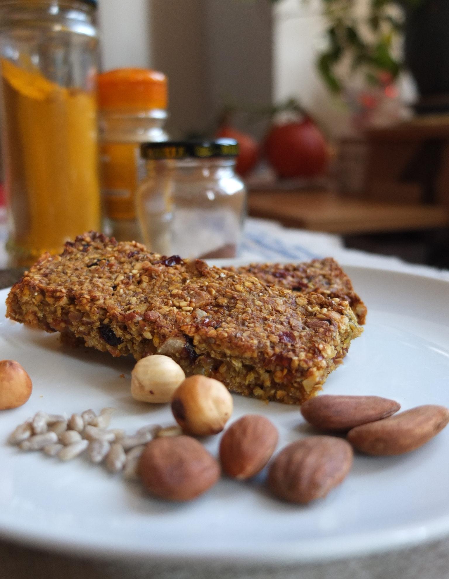 Yummy spiced fruit, nut and seed porridge bars recipe ...