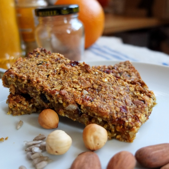 fruit, nut and seed porridge bars