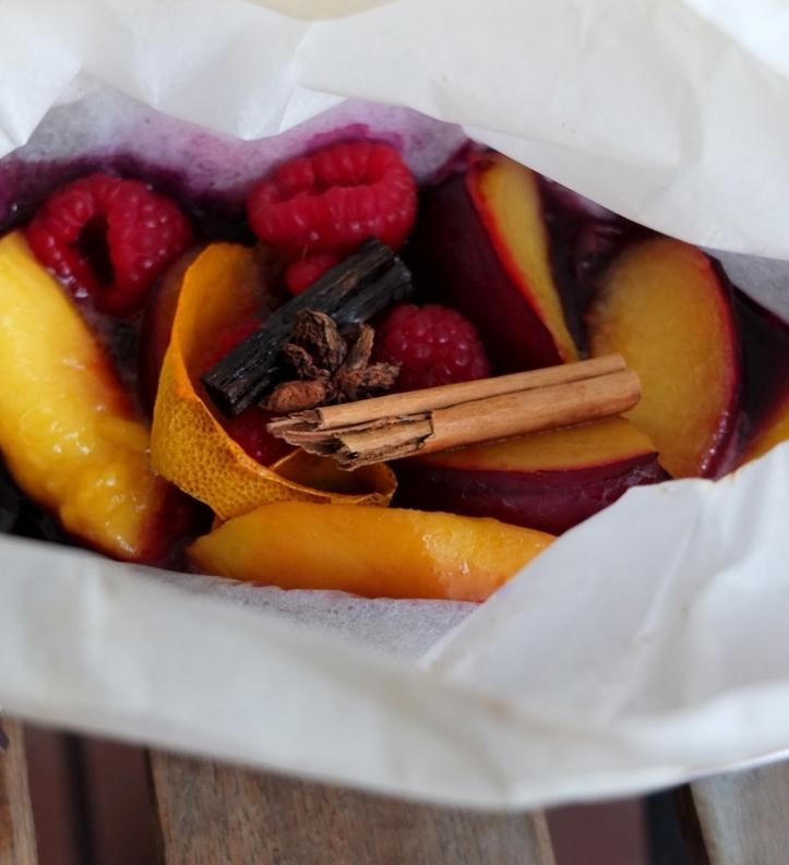 spiced fruit en papillote