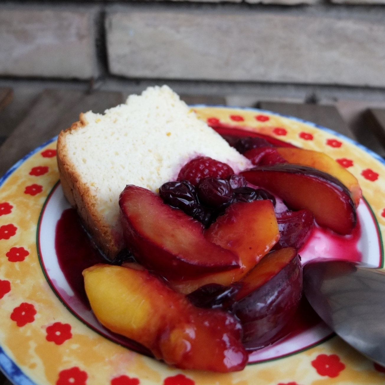 spiced fruit en papillote with Japanese cheesecake