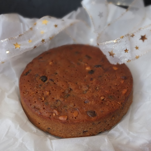 Christmas fruitcake with ginger