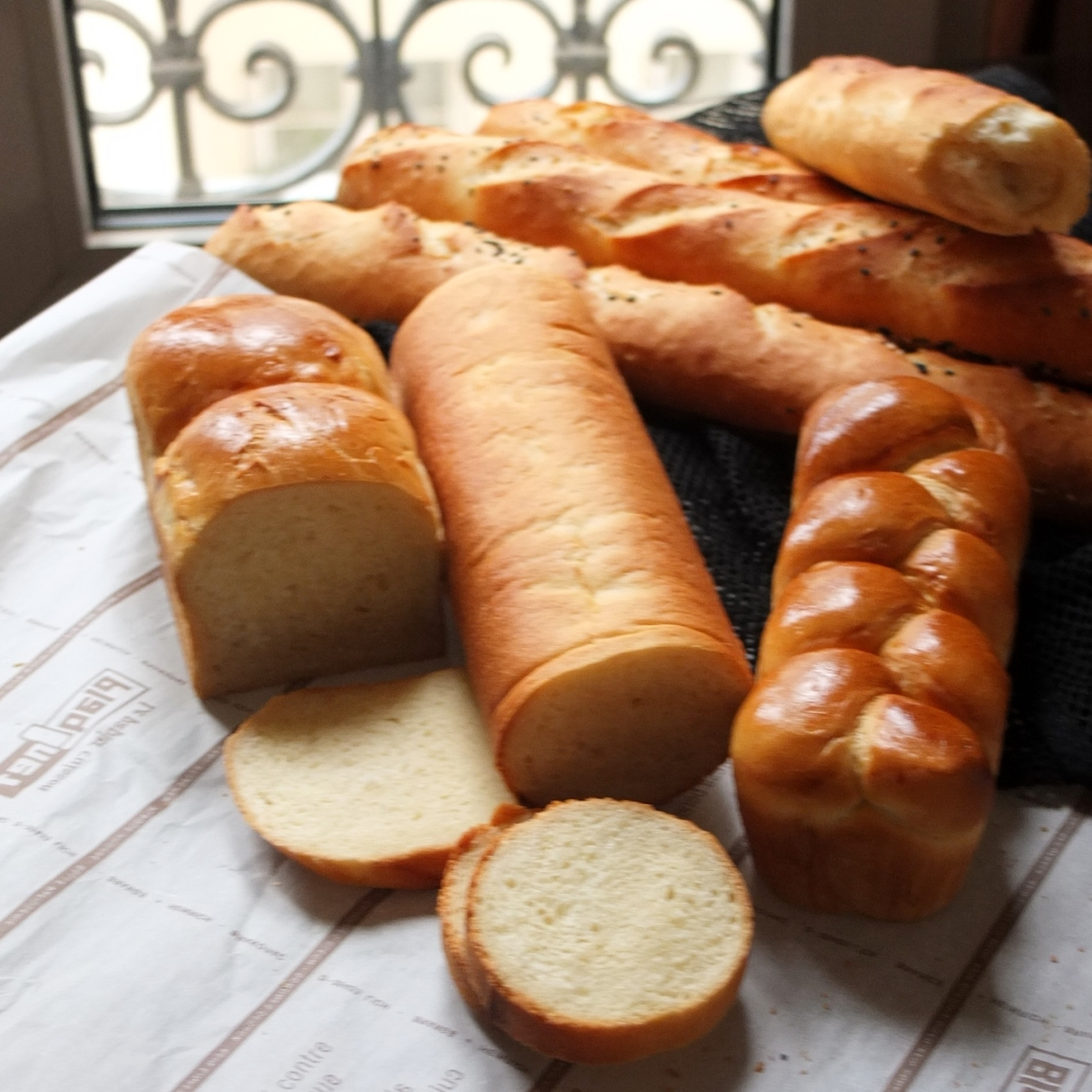 French baguette and pain de mie (sandwich/toast bread)