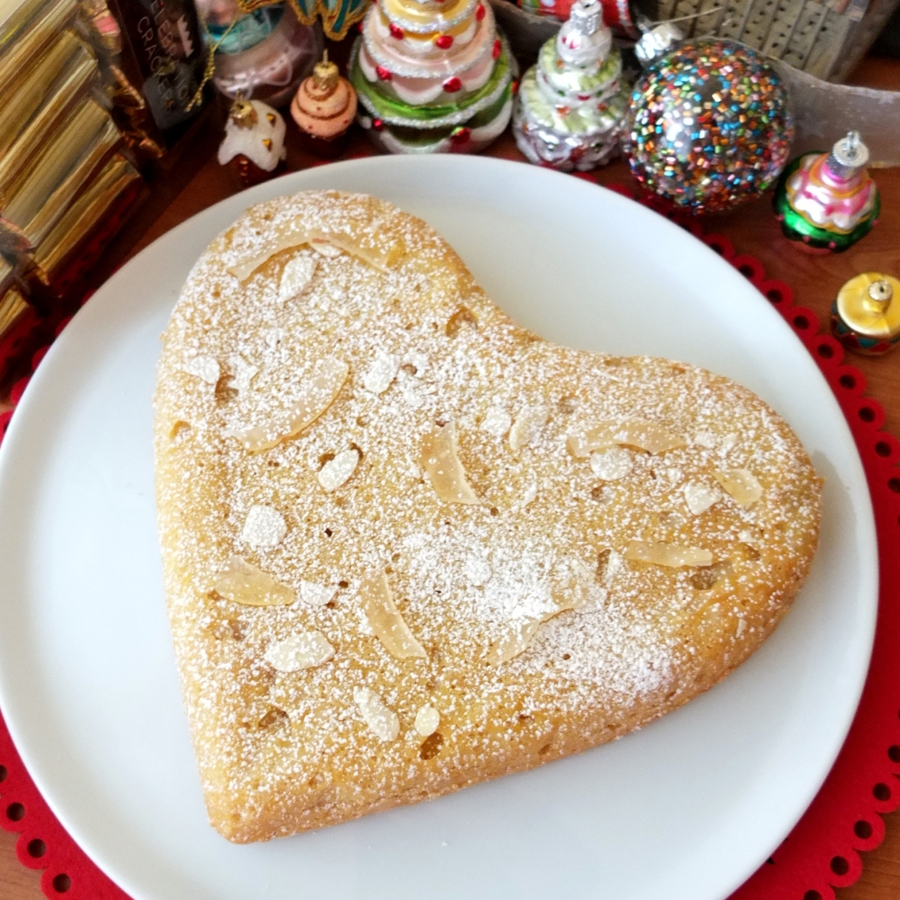 French flourless lemon almond cake