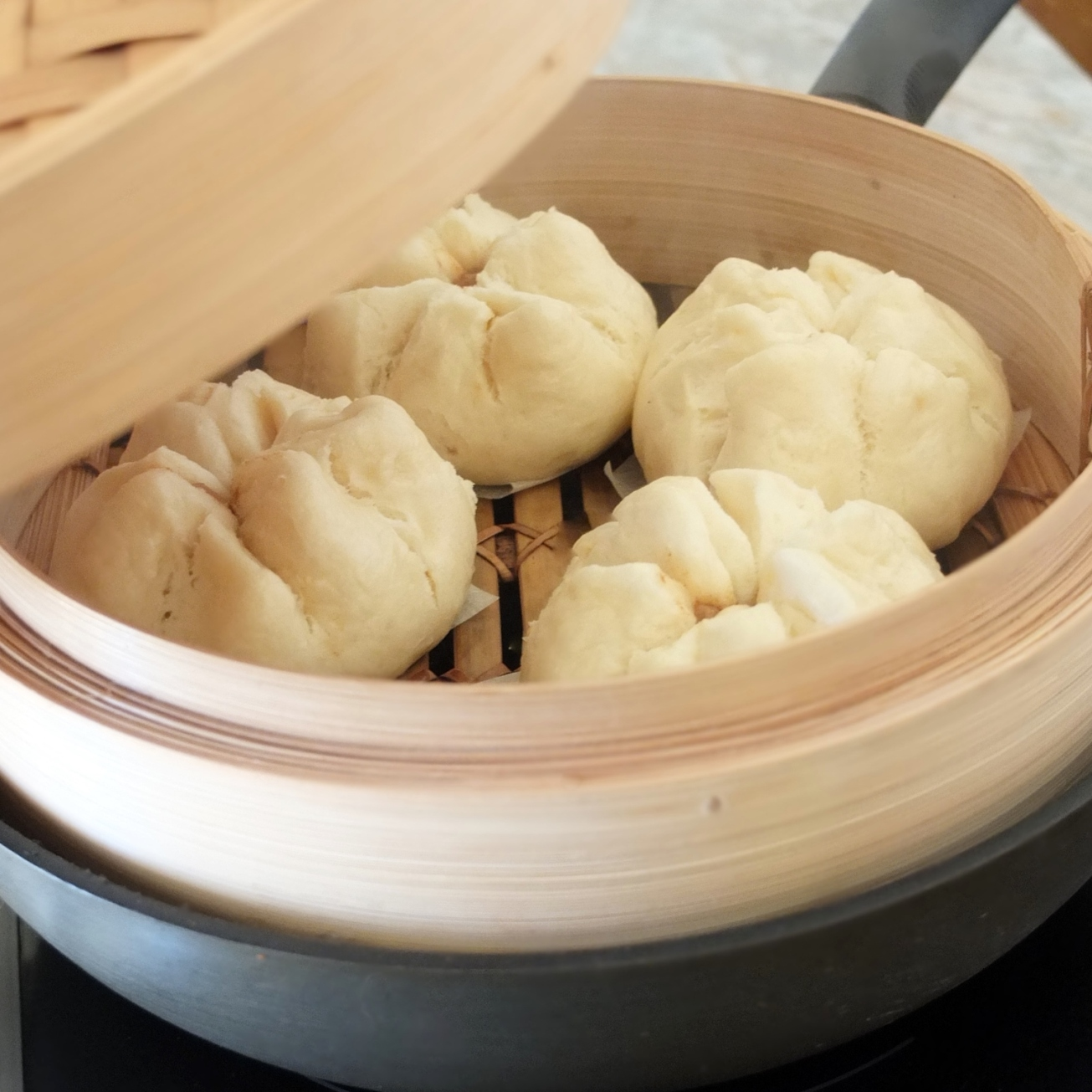 Char siu bao - steamed barbecue pork buns