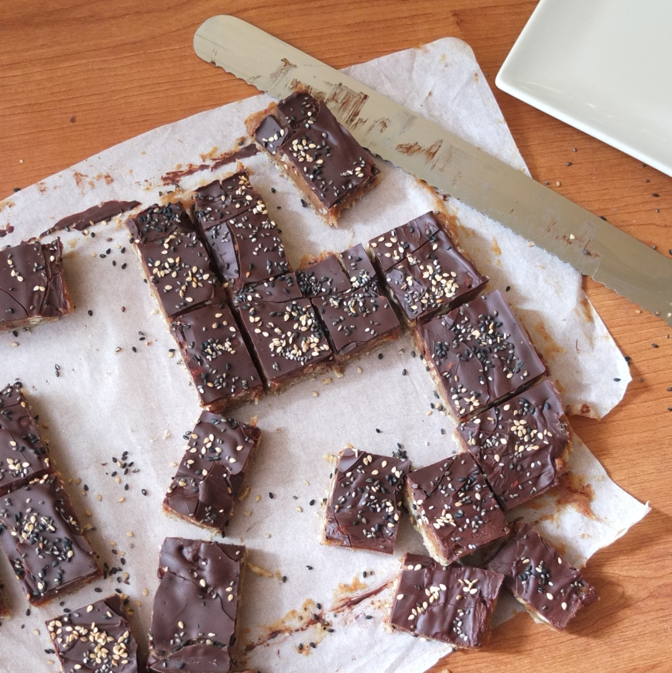 Healthy chocolate and nut caramel slices