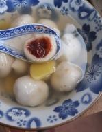 Red bean dumplings in ginger broth
