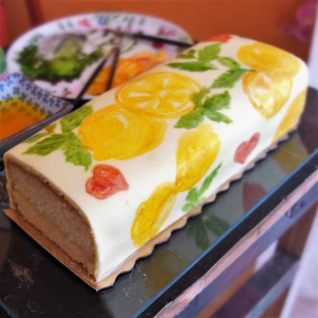 The pseudo-mojito lemonicious drizzle cake