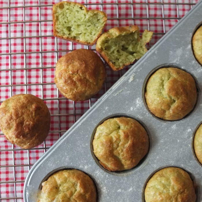 Cheesy pesto savoury muffins for parties and picnics!