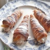 Cannoli cream horns