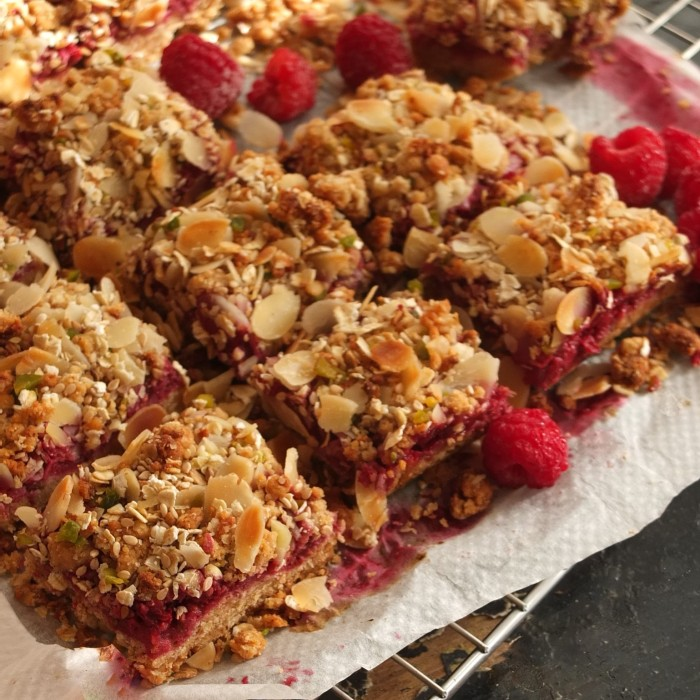 Healthy raspberry, oat and nut squares