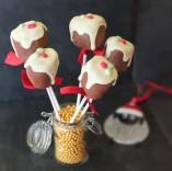Christmas pudding chocolate marshmallow pops