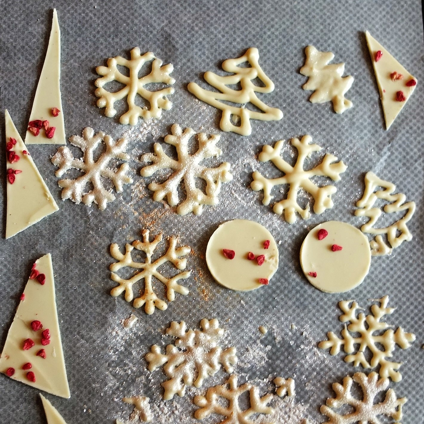 How To Make Sparkly Chocolate Snowflakes And Other Shapes