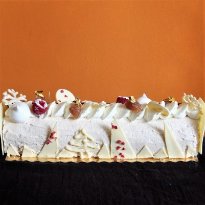 The Sparkly - Raspberry, chestnut and meringue log cake