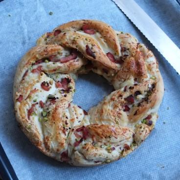 Ham, cheese and pistachio bread wreath