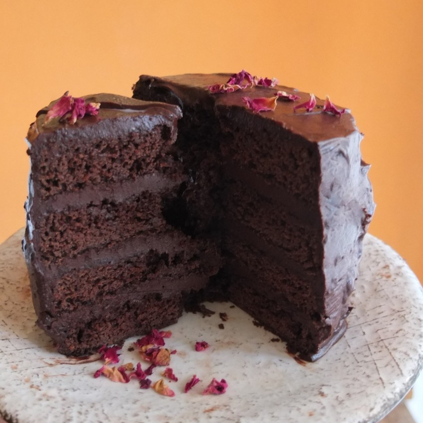 Vegan chocolate layer cake with aquafaba, spelt flour and coconut palm sugar