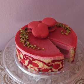 Ultra raspberry cloud mousse cake