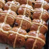 Spiced spelt hot cross buns