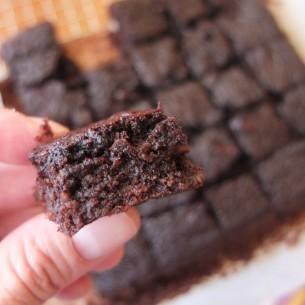 Healthy chocolate brownies - sugarfree and glutenfree