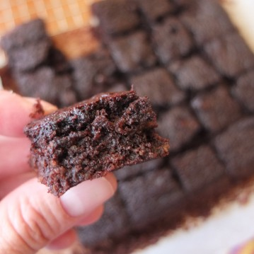 Healthy chocolate brownies - sugarfree and glutenfree
