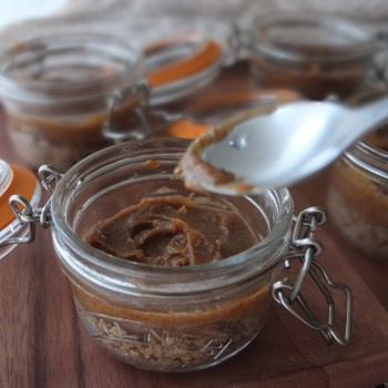 date caramel - mangoffee, cheroffee and banoffee pie in a jar