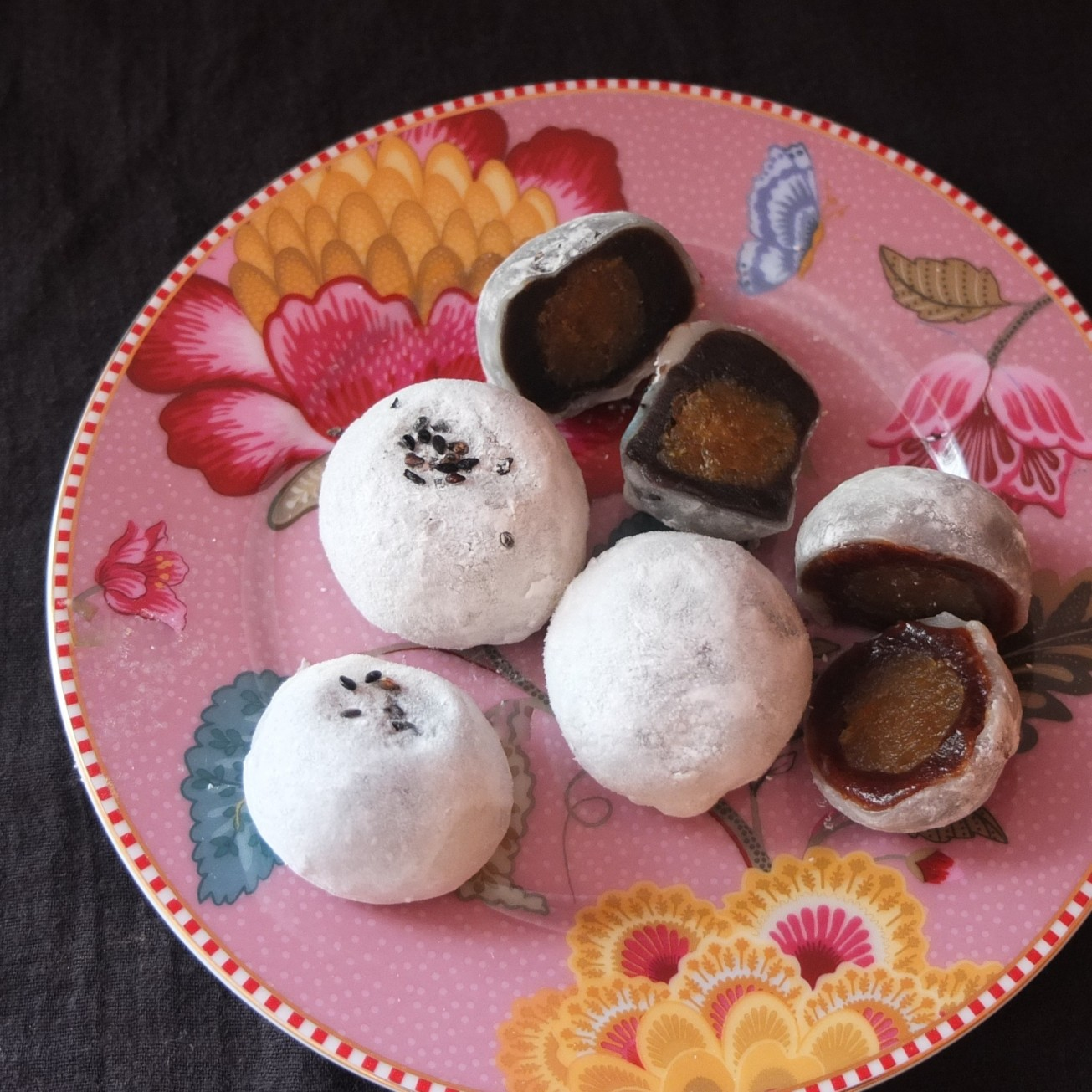 Red bean or black sesame and pineapple mochi rice cakes
