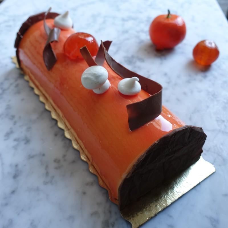 'Mazing mandarin citrus mousse logcake