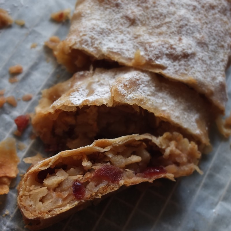 Apple strudel with dried cranberries