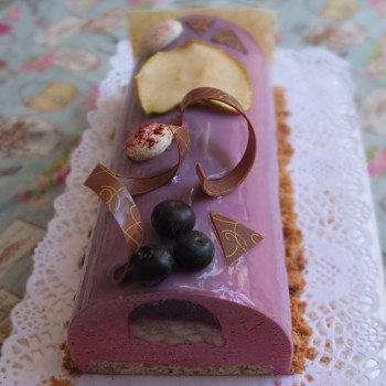 Purple wonderland berries and apple buche