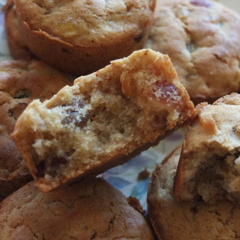 Scrumpalicious vegan fruitcakes