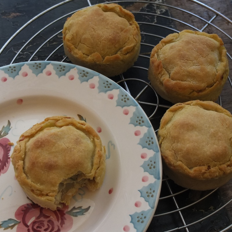 Individual glutenfree artichoke, bean and potato pies