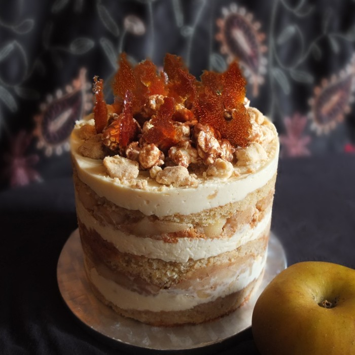 Healthier apple pie layer cake