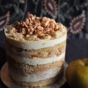 Healthier apple pie layer cake