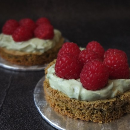 Raspberry and matcha dacquoise tartlets