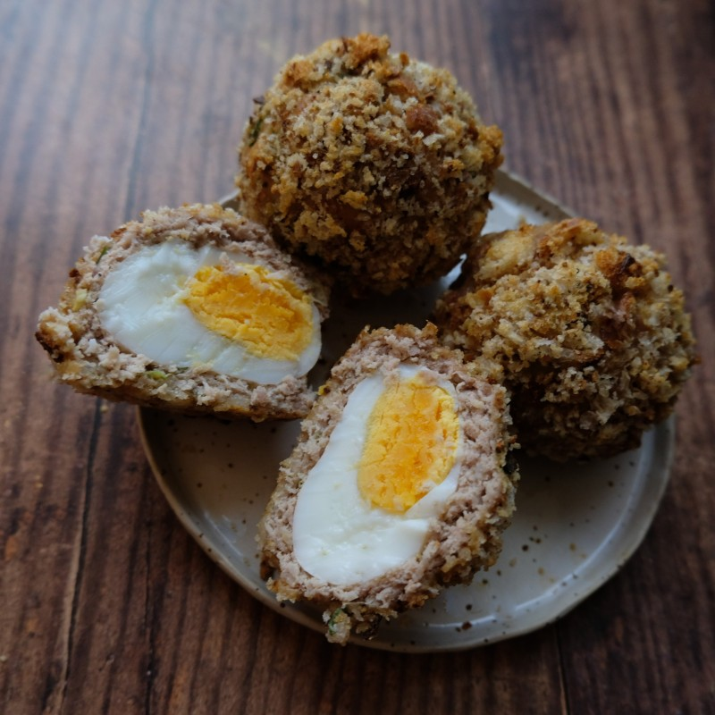 5-spices and spring onion minced pork scotch eggs