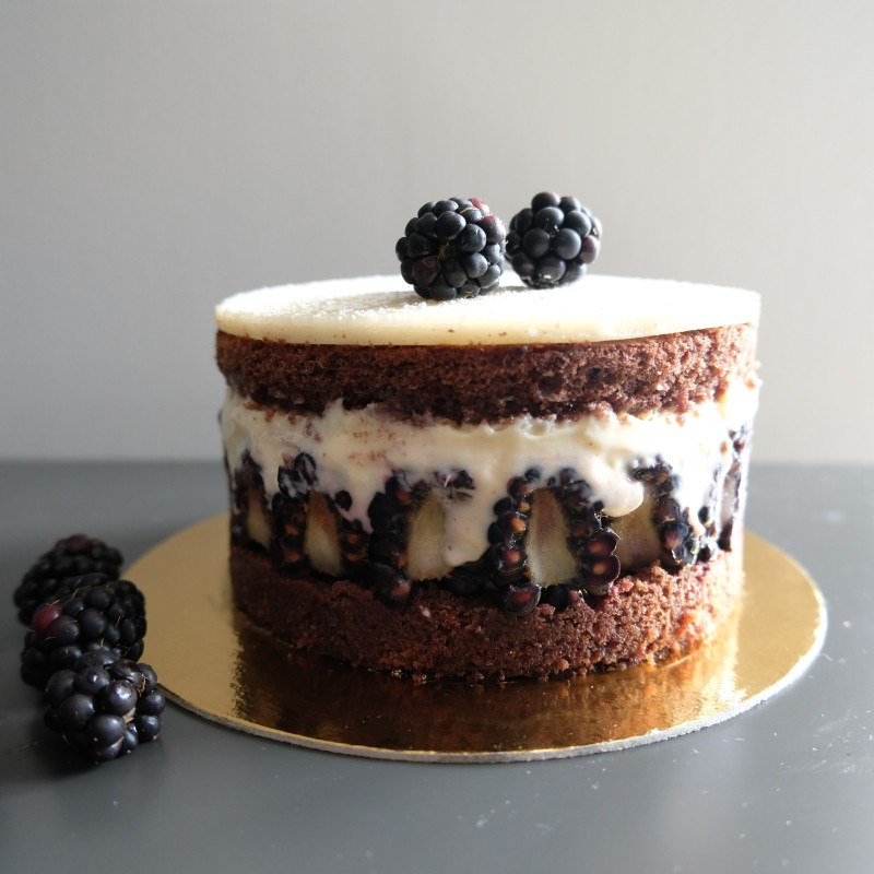 Blackberry and chocolate layer cake - Mûrier